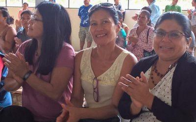 Die Frauen, die die Kallari Gruppe zusammen und stark halten